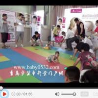 家庭幽默录像 2013:仿真浣熊吓尿喵星人 20131215
