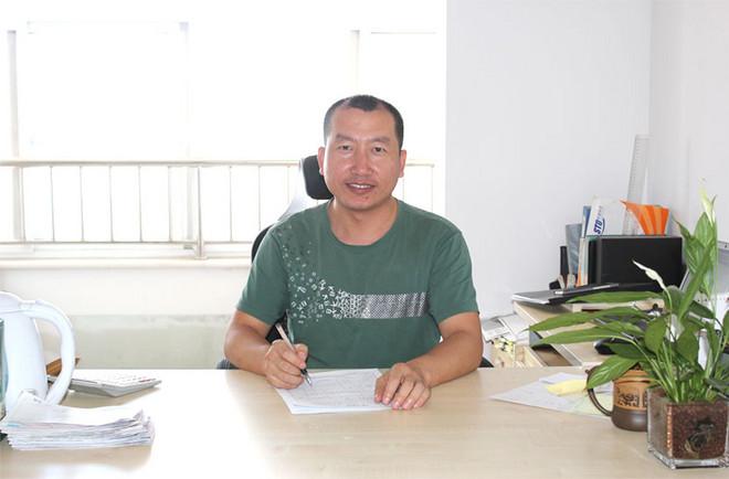 杨广志先生